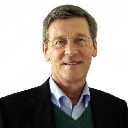 Dr. Agnus Cassens