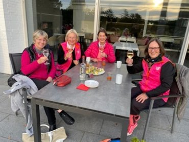 Hole in One beim Pinkturnier